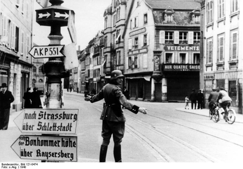 La r sistance et l 39 occupation nazie en alsace m moire et for Dans jeannot et colin l auteur combat